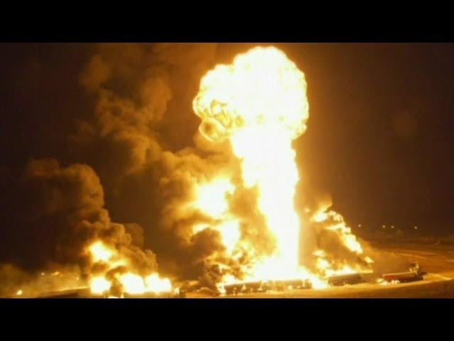 مقاتلو طالبان يشعلون النيران في مئات من الحافلات | قنوات أخرى