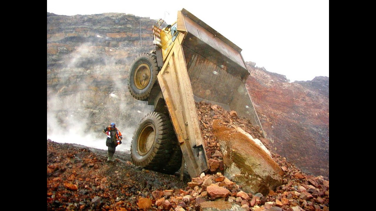 Heavy Machinery Accidents Mishaps And Other Interesting