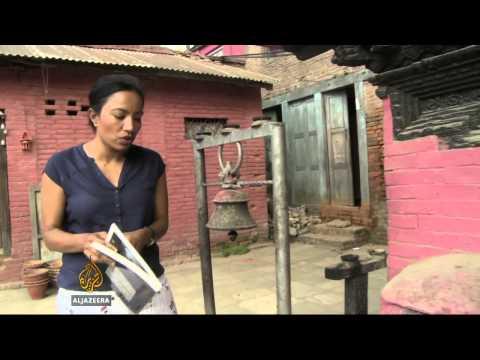 Authorities work to stop Nepal's art thieves