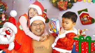 Trang Trí Giáng Sinh Phòng Quay Bé Bún – Bé Bắp Ăn Bánh Marine Boy ♥ CreativeKids ♥
