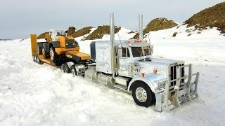 RC ADVENTURES Chrome King Hauler & Liebherr Loader On