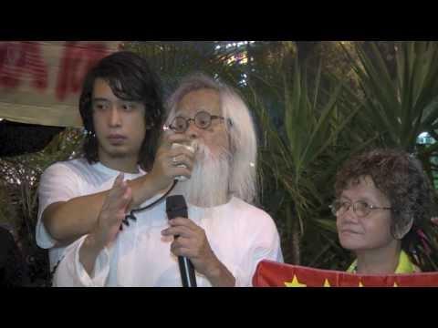 Lelaki Mengamuk Rampas Bendera Sang Saka Malaya