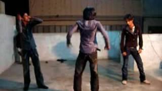 Bilal Group Dance On Le Le Maza Le
