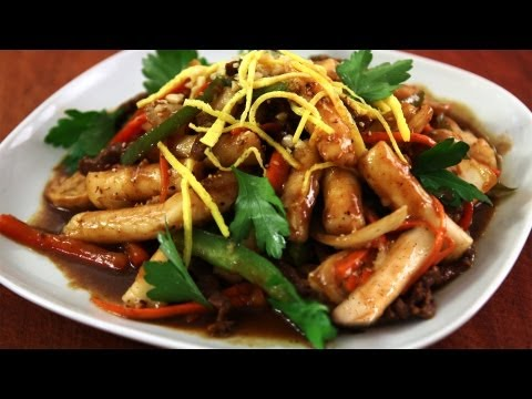 Korean Royal Court Stir Fried Rice Cakes (Gungjungddeokbokki), The recipe is here! http://www.maangchi.com/recipe/gungjungddeokbokki Gungjungddeokbokki is actually the original ddeokbokki and is very different than the m...