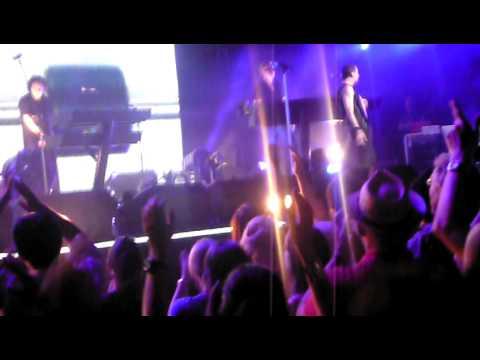 Streaming Depeche Mode - Precious NYC Concert Movie online wach this movies online Depeche Mode - Precious NYC Concert