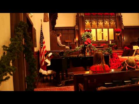 Opening of Christmas Eve Family Service at Beverly Hills Presbyterian Church.