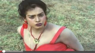 Tarzan Saving Life Of Kirti Singh Jungle Love Scene 9