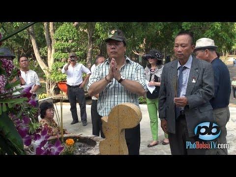Đoàn Việt kiều Trường Sa 2014 viếng thăm nghĩa trang Bình An (p2)