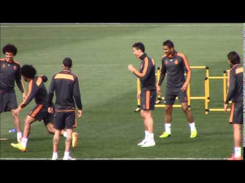 Espectacular doble caño de Pepe a Marcelo | Diario Bernabéu