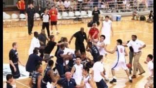Pelea Entre Equipos De Baloncesto De EE. UU. Y China