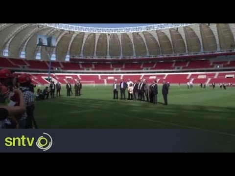 Jerome Valcke visits Estadio Beira Rio