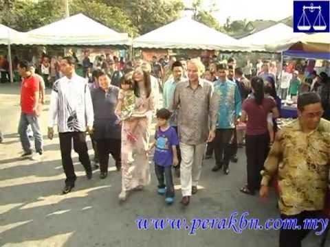 Raja Dr Nazrin Shah Sekeluarga Melawat Bazar Ramadhan Medan Gopeng