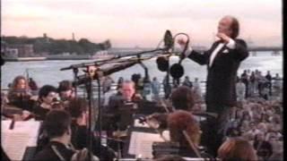 America Dream: Andrea Bocelli's Statue of Liberty Concert. Year 2000, July (4 + 1)