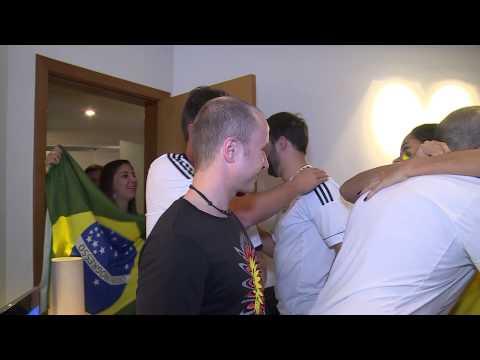 Thăm gia đình Brazil-Đức trước trận bán kết Đức-Brazil