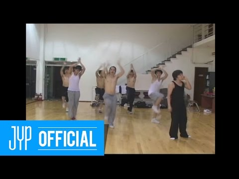 "[Undisclosed Clip]2PM ""10 out of 10"" Undisclosed Practicing Video Clip, This clip is taken before 2PM's debut, where they are practicing in the film. You will find their natural lives and freshness from the film."