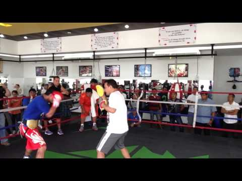 Hình ảnh trong video Manny Pacquiao Training Hard in Gensan 1