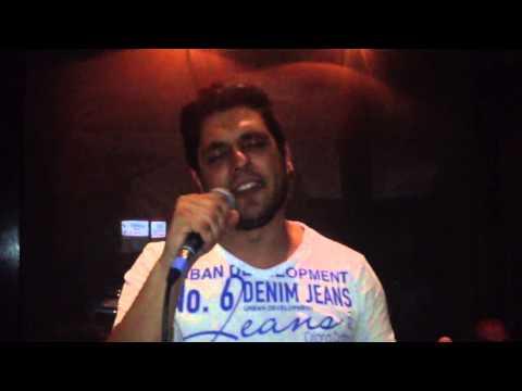 Dimitris avramopoulos vitrina live (monadiki erminia)