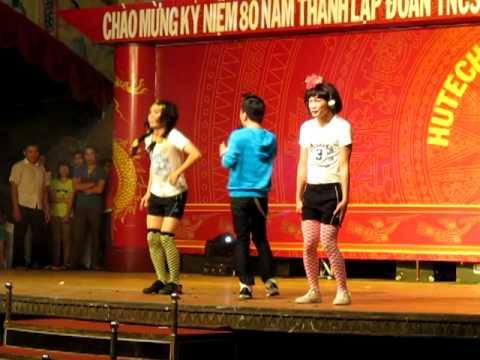 Liên khúc Don Nguyễn tại hội trại Hutech 2011