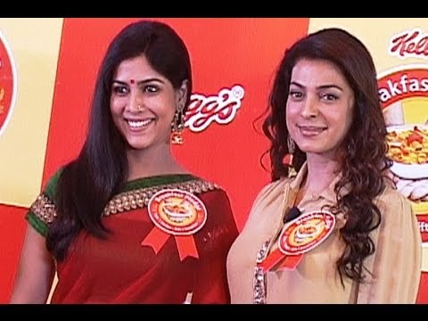Kelloggs Breakfast Pledge With Juhi Chawla and Sakshi Tanwar