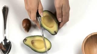 كيف تنتزعين بذرة الأفوكادو