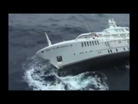 incredible rescue of the Greek air forces on a yacht before it sank in the Aegean