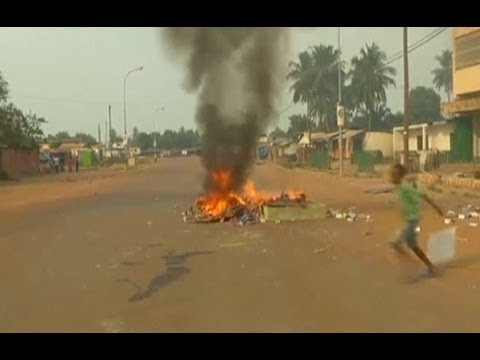 Bangui residents chant 'death to the Rwandans'