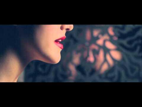 Lana Jurcevic- Ubile usne moje