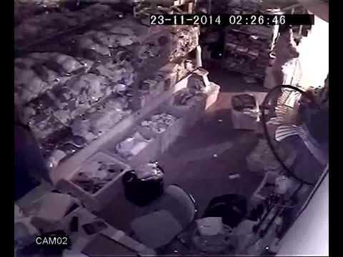Trộm đột nhập cửa hàng bán buôn đồ lót SHOPNOIY.NET