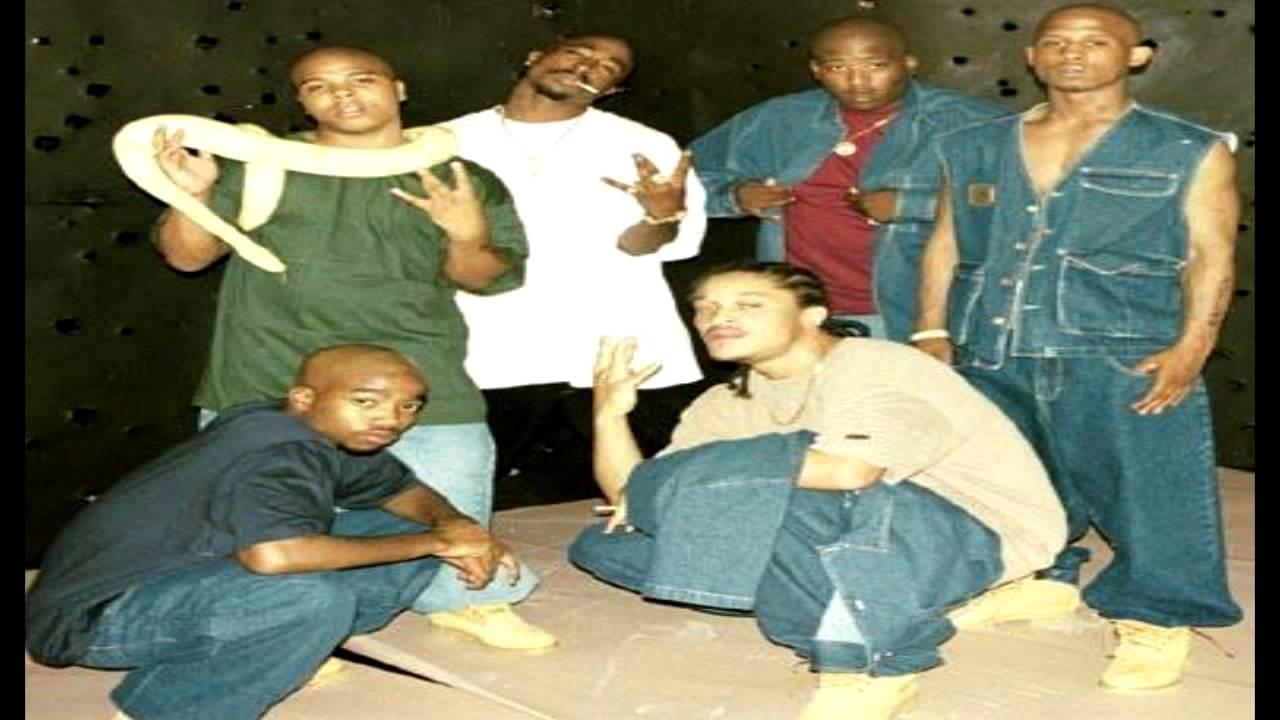 Snoop Dogg* Snoop·& Metallica / Pharrell Williams* Pharrel·, Missy Elliott* Missy·& Bubba Sparxxx* Bubba - Drop It Like It's J-U-N-G-L-E