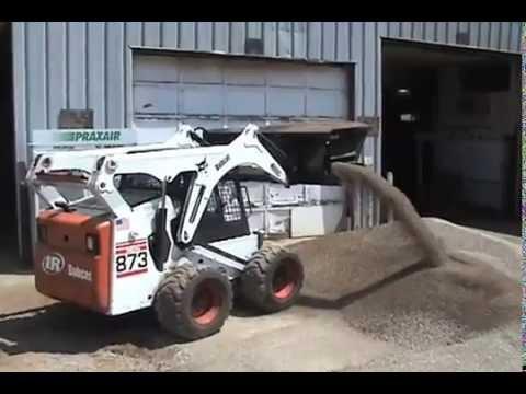 Bán xe xúc mini - Làm việc trong xưởng, nhà máy, hay bãi rác... - Mr Thuận 0914.555.247