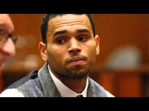 """Chris Brown Calls Himself """"Christopher"""" In Frantic 911 Call"""
