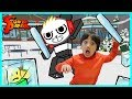 Ryan ToysReview VS Combo Panda on Roblox Ice Breaker Epic Game