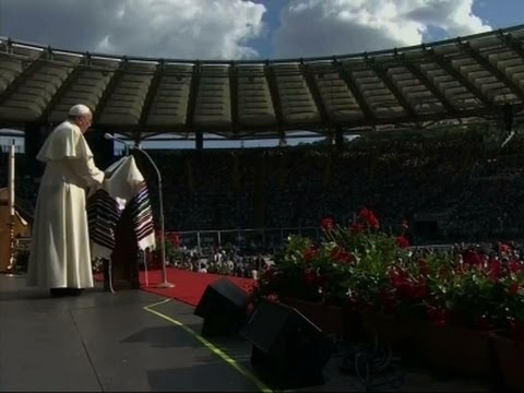 Raw: Pope Francis Leads Rally of 50,000 in Rome