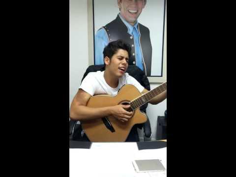 Zé Felipe - Saudade de Você (voz e violão)