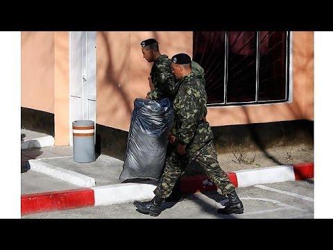 Ukraine orders troop withdrawal from Crimea