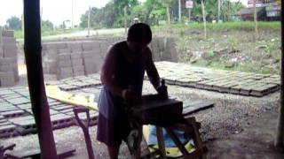 Mike Making The Hollow Block Using The Abaniko