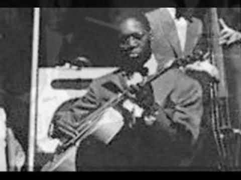 ROSE ROOM (1939) by the Benny Goodman Sextet featuring Charlie Christian on guitar