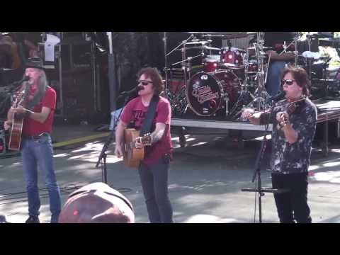 DOOBIE BROTHERS *BLACK WATER*   B.R. Cohn Winery, SONOMA  9/22/13