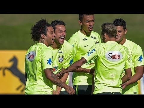 FUNNY: Neymar,Fred & Marcelo Making fun of Luis Suarez Bite!