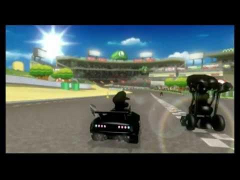 CGR Macro - MARIO KART Wii Luigi Circuit track review