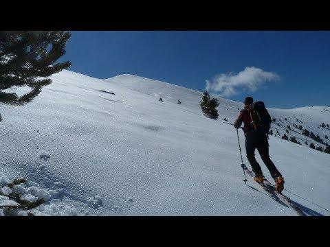 Ascensión y descenso con esquís de Cabo Pientes y Puntal de la Chía