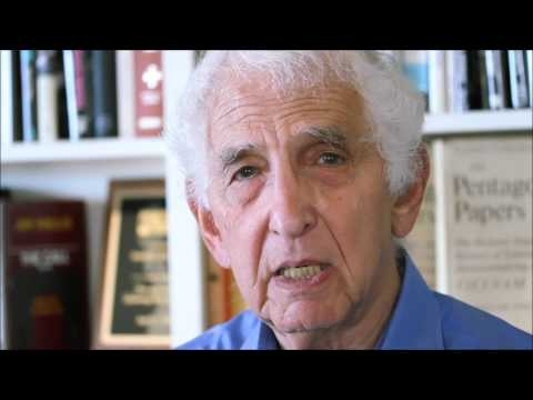 A Personal Message to Chelsea Manning by Daniel Ellsberg