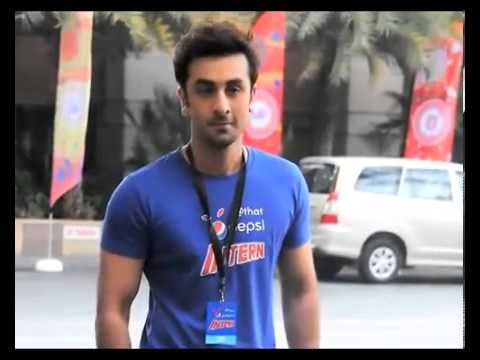 Ranbir flirts with Preity, Juhi at IPL 7 auction