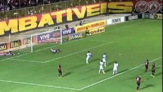 No Barradão, Cruzeiro supera Vitória por 1 a 0
