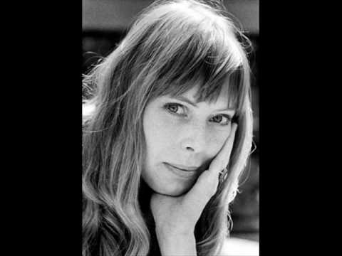 Joni Mitchell ~ River Live