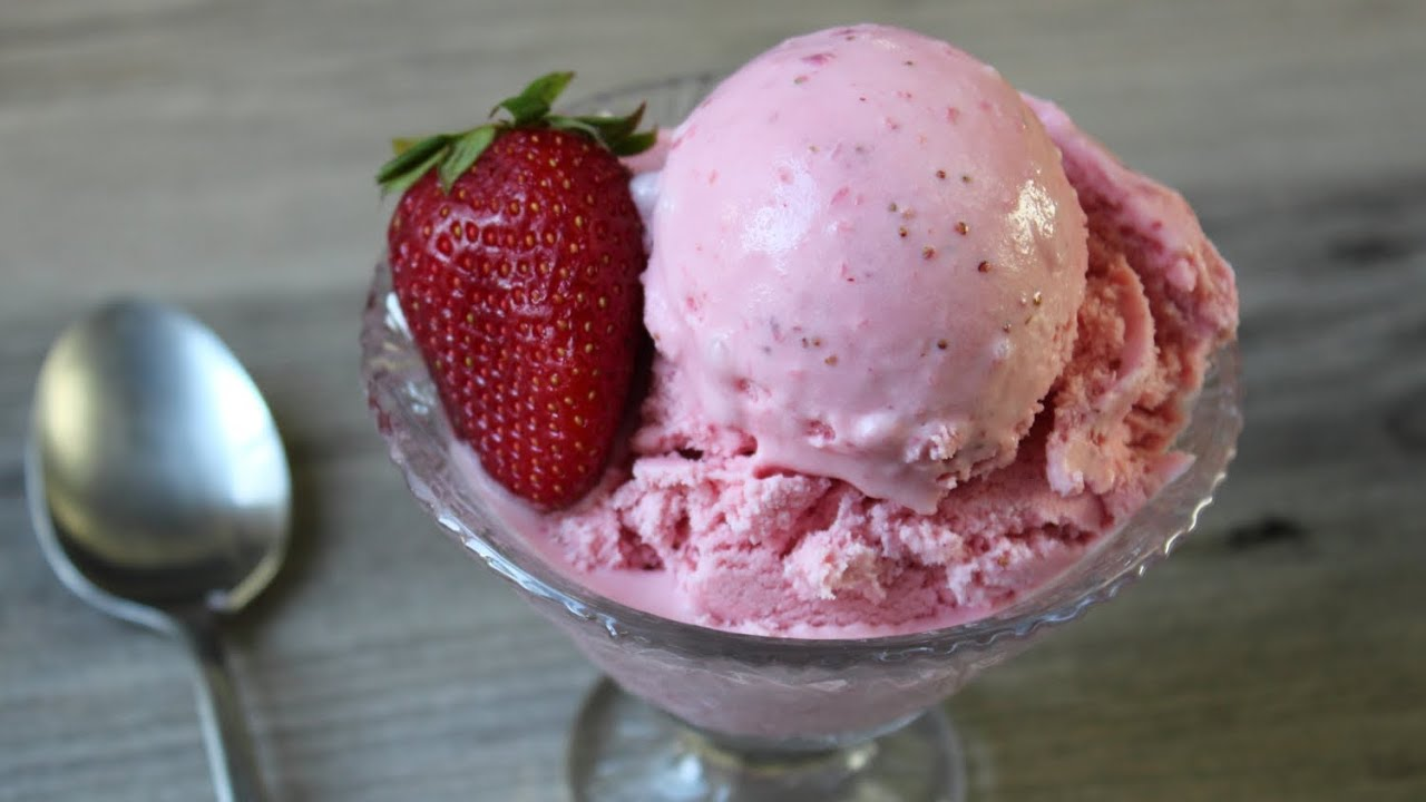 Strawberry Ice Cream -- Fast & Easy Strawberry Ice Cream - Eggless Ice ...