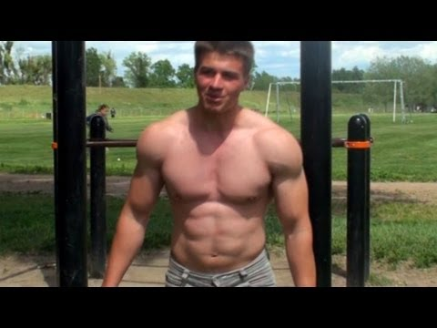 How to Get Big Shoulders With Bodyweight Exercises! Only 3 Exercises!