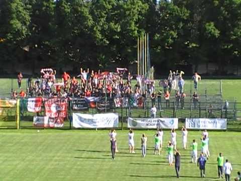 Copertina video Il Piacenza saluta i tifosi dopo la sconfitta a Rovigo