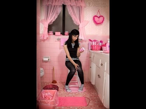 Shares Tips and Trick Bathroom Designs for Small Bathrooms..