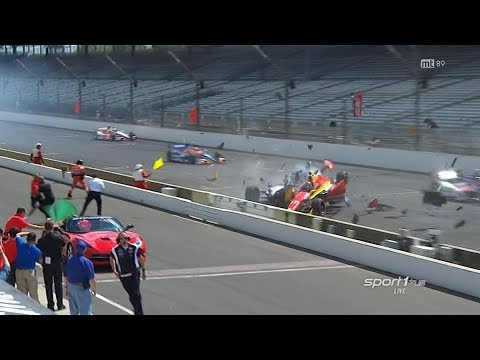 Huge Start Crash @ 2014 Indy Car Indianapolis GP